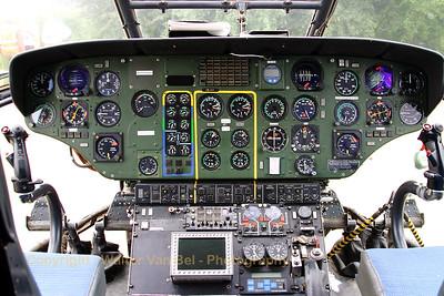 HELOG_AS-332C1-Super-Puma_HB-XVY_cn2033_LOPIK_20070802_CRW_9511_RT8_WVB_1200px