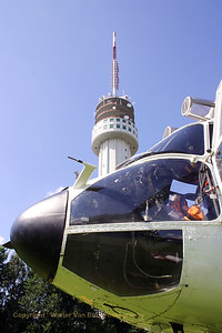 KPN_Roermond-broadcast-tower_HB-XVY_ROERMOND_20070803_CRW_9846_RT8_WVB_1200px