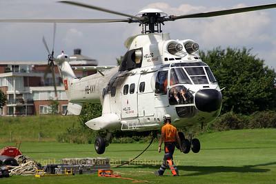 HELOG_AS-332C1-Super-Puma_HB-XVY_cn2033_ROERMOND_20070803_CRW_9958_RT8_WVB_1200px