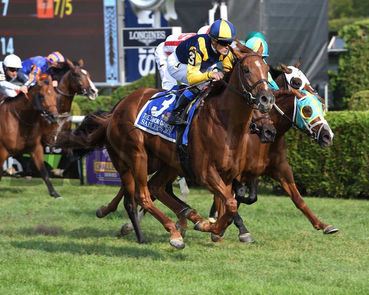 Sadler's Joy wins the 2017 Sword Dancer Stakes<br /> Coglianese Photos/Joe Labozzetta