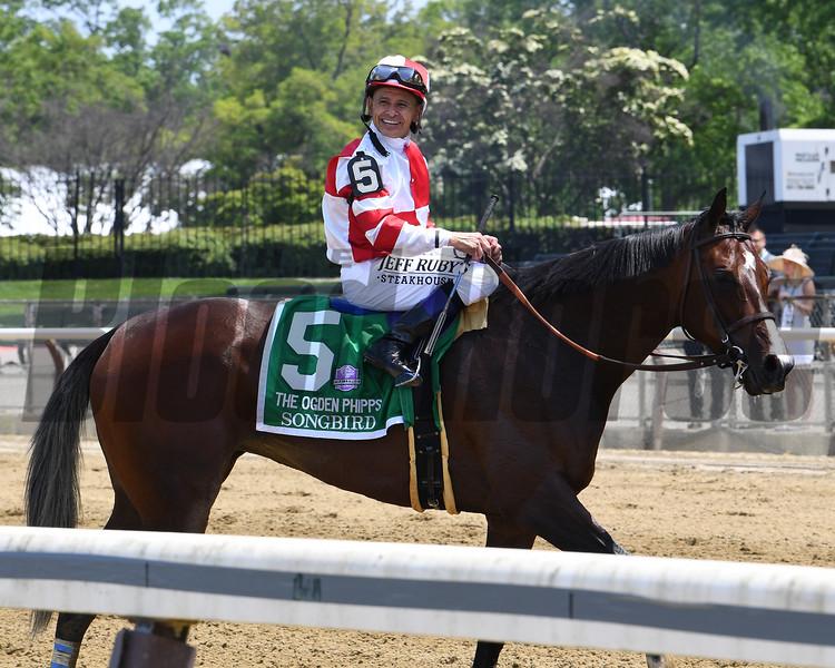 Songbird wins the 2017 Ogden Phipps Stakes<br /> Coglianese Photos/Chelsea Durand