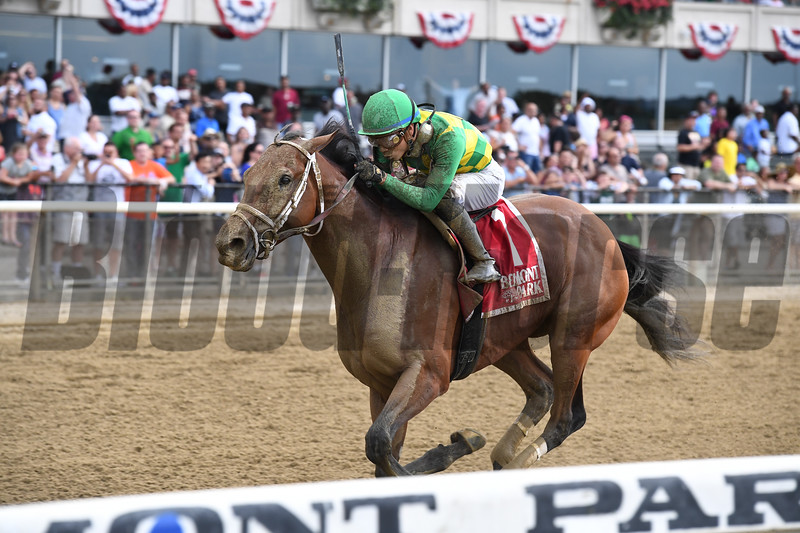 Keen Ice wins the 2017 Suburban<br /> Coglianese Photos/Joe Labozzetta