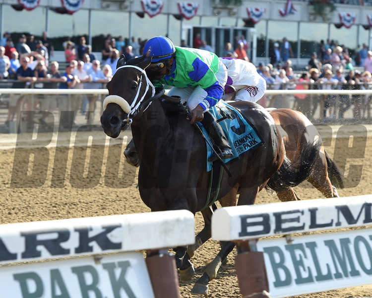 By the Moon wins the 2017 Bed o' Roses Invitational<br /> Coglianese Photos/Joe Labozzetta