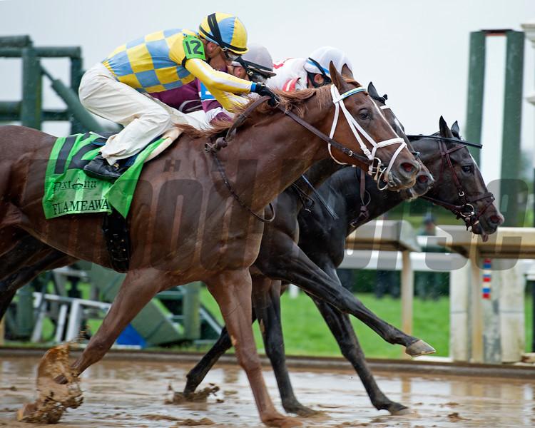 Flameaway with Julien Leparoux wins the Dixiana Bourbon Stakes (G3) at Keeneland<br /> Oct. 8, 2017 in Lexington, Kentucky.