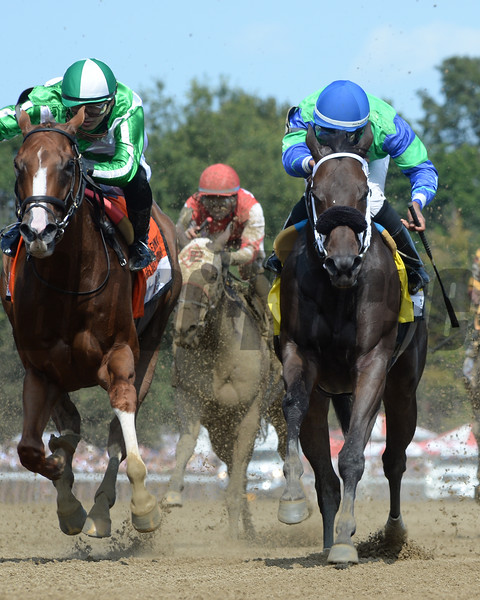 By the Moon wins the 2017 Ballerina<br /> Coglianese Photos/Viola Jasko