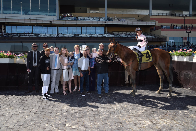 Long Haul Bay wins the 2017 Bay Shore<br /> Coglianese Photos