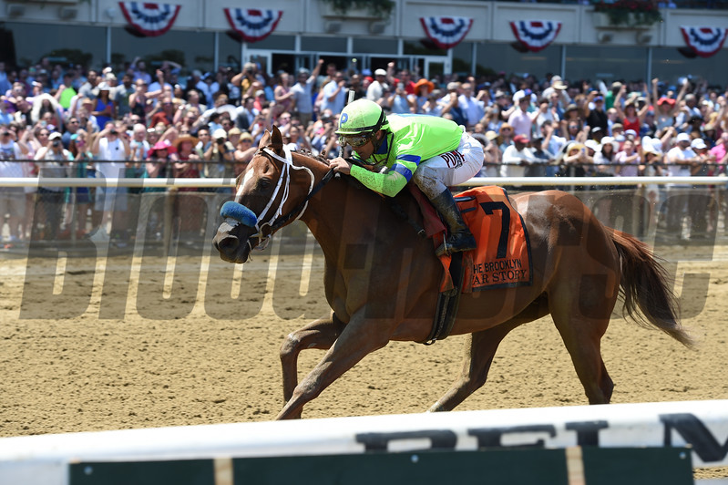 War Story wins the 2017 Brooklyn Invitational<br /> Coglianese Photos/Joe Labozzetta