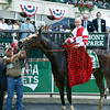 Songbird wins the 2017 Ogden Phipps<br /> Dave Harmon Photo