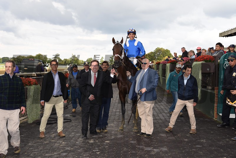 Takaful wins the 2017 Vosburgh Stakes<br /> Coglianese Photos