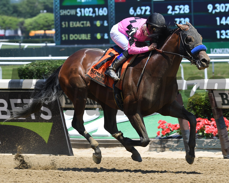 West Coast wins the 2017 Easy Goer.<br /> Coglianese Photos