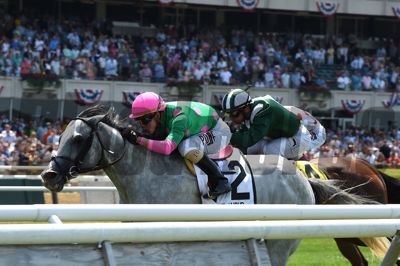Disco Partner wins the 2017 Jaipur<br /> Coglianese Photos/Joe Labozzetta