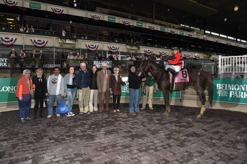 Weekend Hideaway wins $200,000 the Commentator Stakes at Belmont Park on May 29 2017