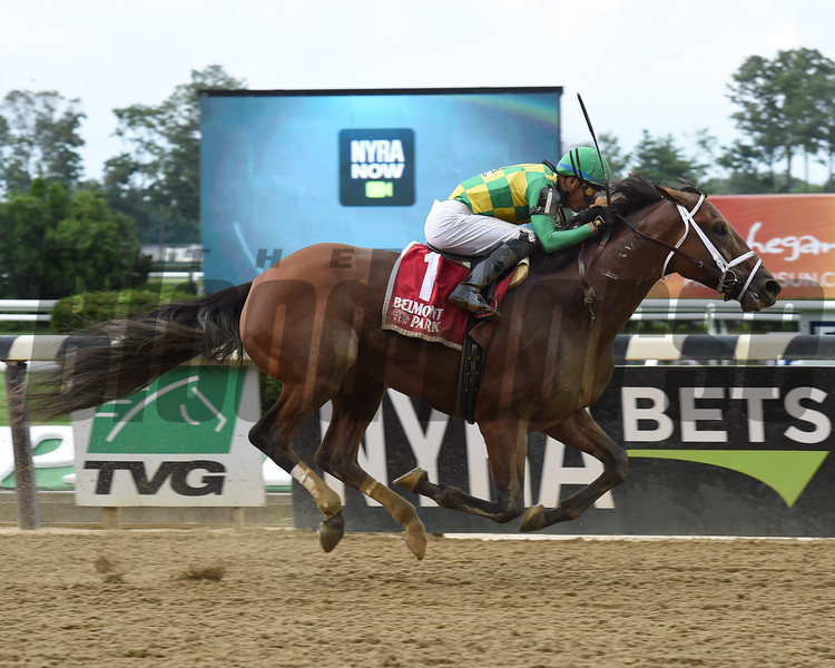 Keen Ice wins the 2017 Suburban<br /> Coglianese Photos/Susie Raisher
