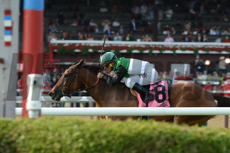 Proctor's Ledge wins the 2017 Lake George Stakes<br /> Coglianese Photos/Adam Mooshian