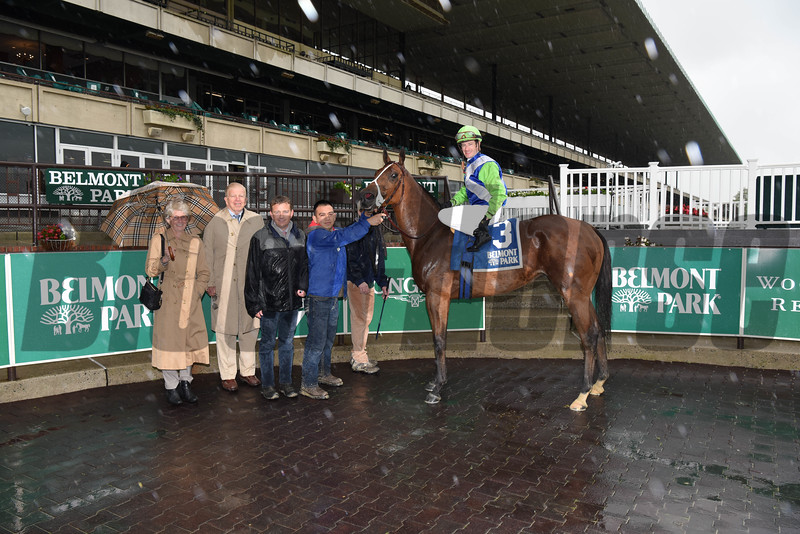 Hawksmoor wins the 2017 Beaugay Stakes<br /> Coglianese Photos