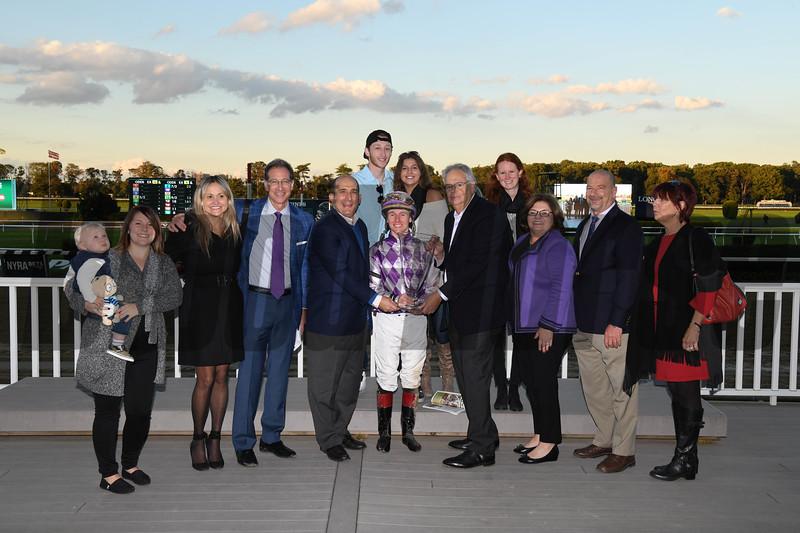 Pat On the Back wins the 2018 Empire Classic<br /> Coglianese Photos