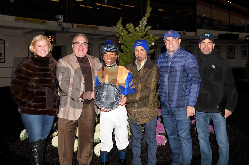 Not That Brady wins the 2018 Damon Runyon Stakes<br /> Coglianese Photos