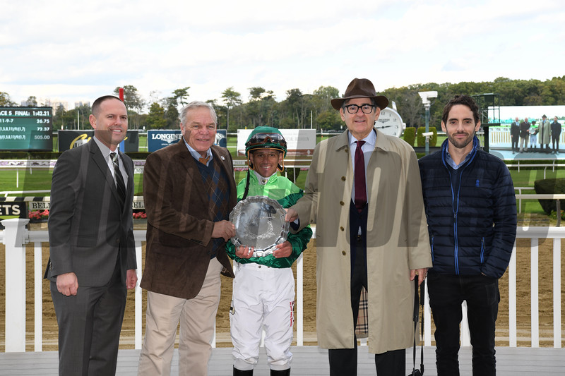Fifty Five wins the 2018 Ticonderoga Stakes<br /> Coglianese Photos