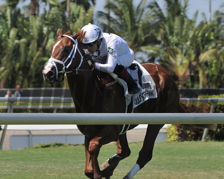 Bulletin wins the 2018 Hollywood Beach Stakes<br /> Coglianse Photos/Kenny Martin