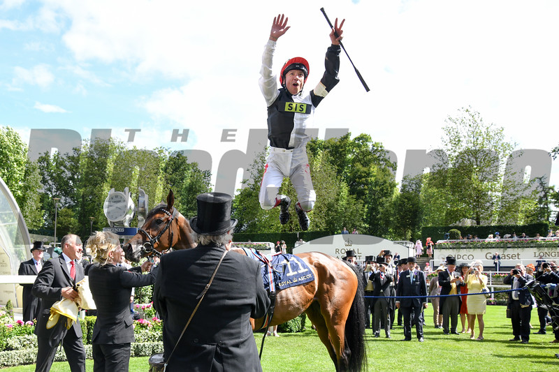 Star Catcher and Frankie Dettori win the G2 Ribblesdale Stakes, 6-20-20, Royal Ascot, Ascot, UK, photo by Mathea Kelley/Bloodhorse