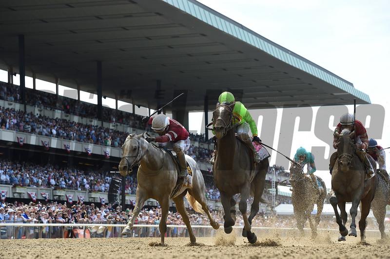 Hog Creek Hustle wins the 2019 Woody Stephens Stakes at Belmont Park<br /> Coglianese Photos