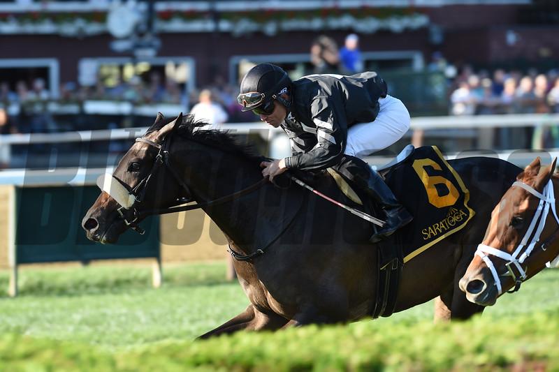Crystalle wins the 2019 P. G. Johnson Stakes <br /> Coglianese Photos/Elsa Lorieul