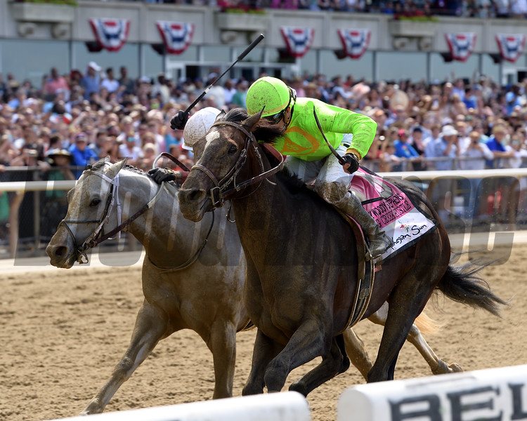 Hog Creek Hustle wins the 2019 Woody Stephens Stakes<br /> Coglianese Photos/Joe Labozzetta