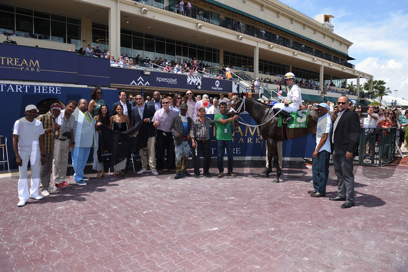 Trenchtown Cat wins the 2019 Sanibel Island Stakes at Gulfstream Park<br /> Coglianese Photos