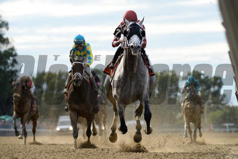 Marconi wins the 2019 Grand Prix American Jockey Club Invitational<br /> Coglianese Photos