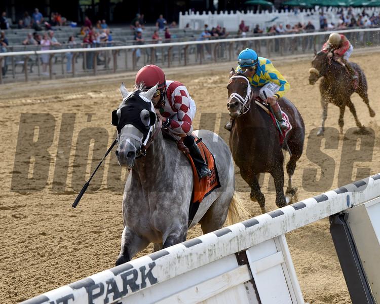 Marconi wins the 2019 Grand Prix American Jockey Club Invitational<br /> Coglianese Photos/Chelsea Durand