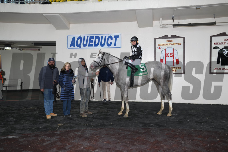 Bavaro wins 2019 Hollie Hughes Stakes at Aqueduct Racetrack. Coglianese Photos