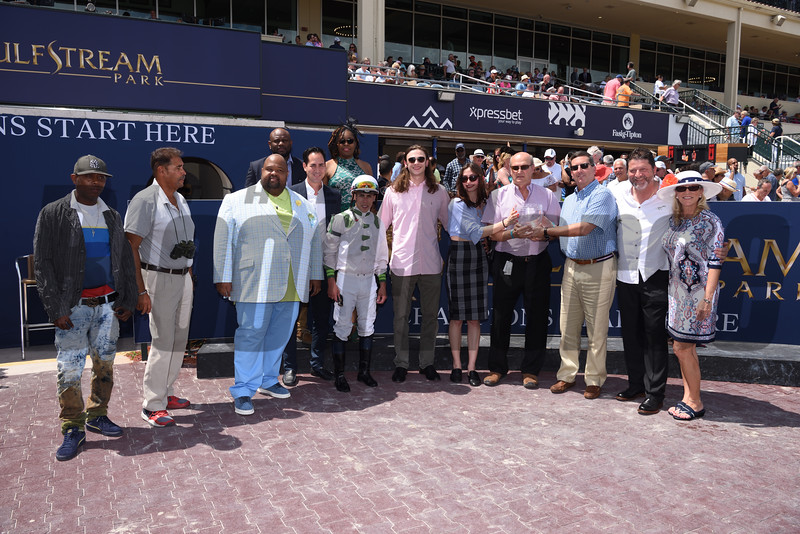 Trenchtown Cat wins the 2019 Sanibel Island Stakes at Gulfstream Park<br /> Coglianese Photo