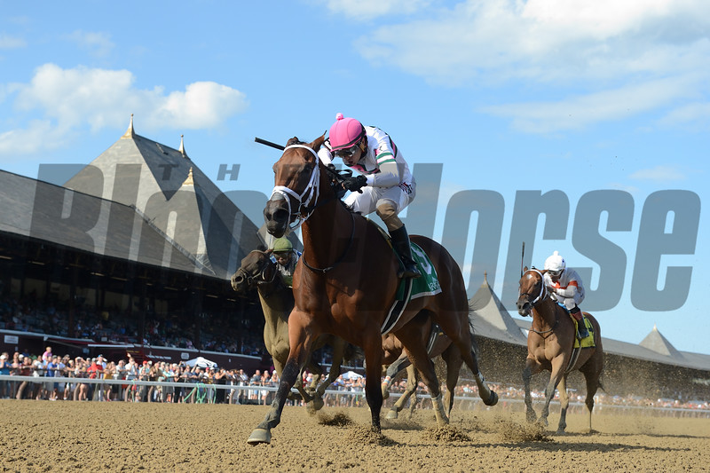 Minit to Stardom wins the 2019 Honorable Miss Handicap<br /> Coglianese Photos
