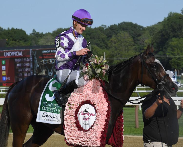 Concrete Rose wins the 2019 Saratoga Oaks Invitational Stakes<br /> Coglianese Photos/Susie Raisher