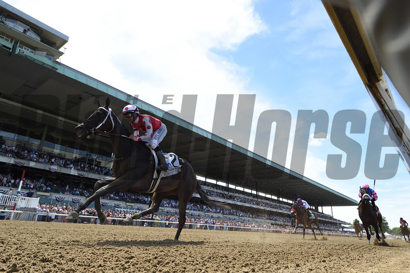Midnight Bisou wins the 2019 Ogden Phipps Stakes at Belmont Park<br /> Coglianese Photos