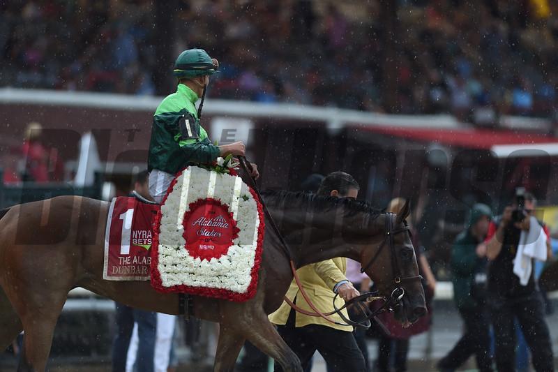 Dunbar Road wins 2019 Alabama Stakes at Saratoga. Photo: Coglianese Photos/Janet Garaguso