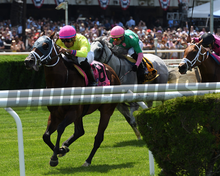 World of Trouble wins the 2019 Jaipur Invitational Stakes<br /> Coglianese Photos/Annette Jasko