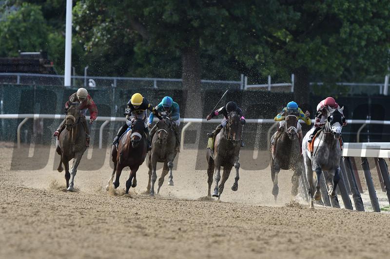 Marconi wins the 2019 Grand Prix American Jockey Club Invitational<br /> Coglianese Photos/Derbe Glass
