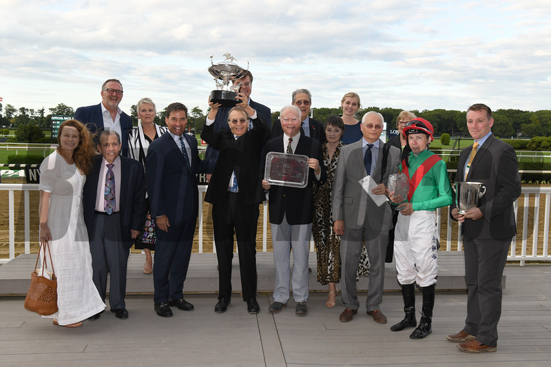 Spanish Mission wins the 2019 Jockey Club Derby Invitational  <br /> Coglianese Photos