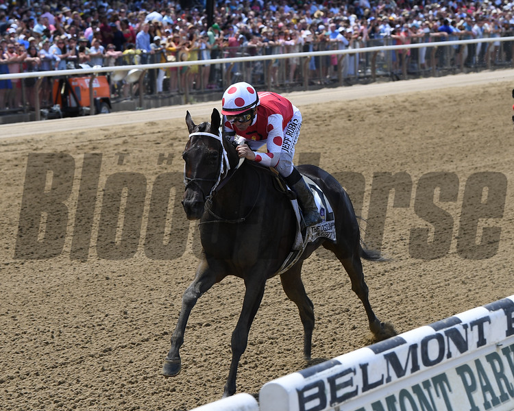 Midnight Bisou wins the 2019 Ogden Phipps Stakes<br /> Coglianese Photos/Chelsea Durand