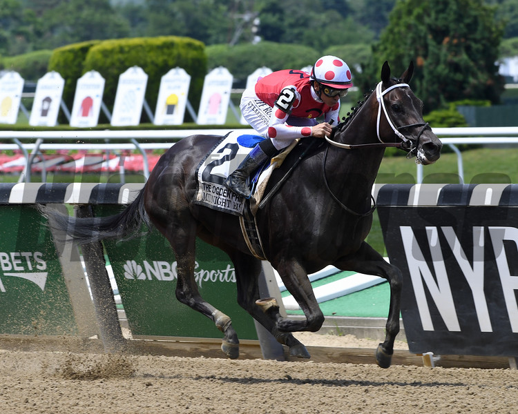 Midnight Bisou wins the 2019 Ogden Phipps Stakes<br /> Coglianese Photos