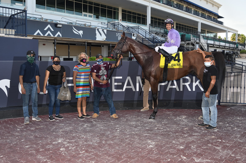 Cool Arrow wins the Smile Sprint Stakes Saturday, September 5, 2020 at Gulfstream Park. Photo: Coglianese Photos/Lauren King