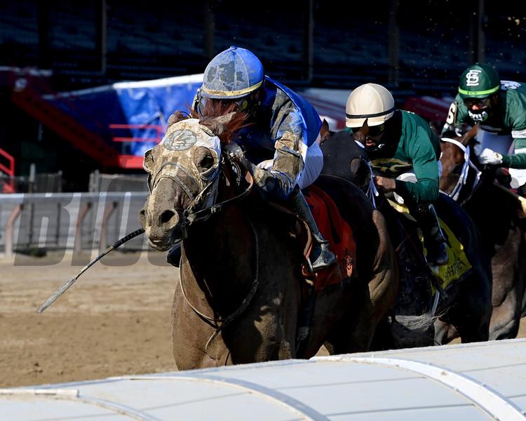 Mystic Guide wins the 2020 Jim Dandy Stakes at Saratoga<br /> Coglianese Photos/Joe Labozzetta