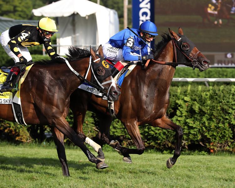 Antoinette wins the Saratoga Oaks Invitational Stakes Sunday, August 16, 2020 at Saratoga. Photo: Coglianese Photos/Janet Garaguso