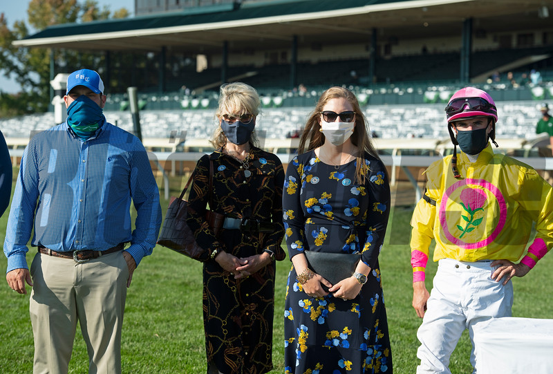 (Brad Cox, Rebecca Byars (mom of Liz), Liz Crow, Florent Geroux. Aunt Pearl with Florent Geroux wins the JP Morgan Chase Jessamine (G2) at Keeneland on October 3, 2020.