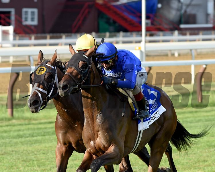 Antoinette wins the Saratoga Oaks Invitational Stakes Sunday, August 16, 2020 at Saratoga. Photo: Coglianese Photos/Chelsea Durand