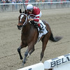 Untapable wins the 2014 Mother Goose at Belmont Park.<br /> Coglianese Photos/Chelsea Durand