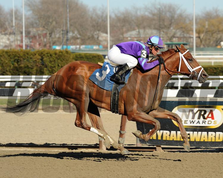 Princess of Sylmar wins the Cat Cay Stakes.<br /> Coglianese Photos