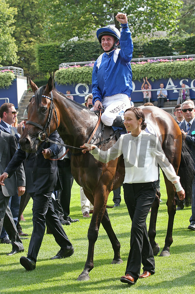 Taghrooda wins the 2014 King George VI and Queen Elizabeth Stakes at Ascot.<br /> Trevor Jones Photo