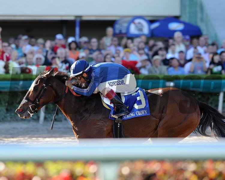 Best Behavior wins the 2014 Glass Slipper Stakes.<br /> Coglianese Photos